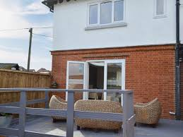holiday cottages to rent in maidstone cottages com
