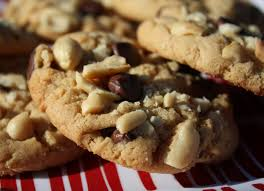 peanutty peanut butter chocolate chip cookies garlic