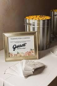 Garretts Popcorn Wedding Favors by Garret S Popcorn Favors Sweetchic Events Dennis Photography