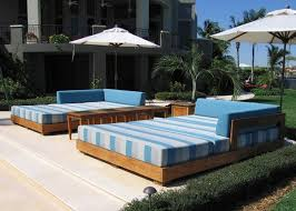 outdoor daybeds for the ultimate backyard relaxation