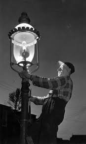 who to call when street lights are out 106 best gas light images on pinterest lanterns street l and