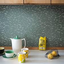 relooker credence cuisine inspirations le papier peint pour relooker une cuisine
