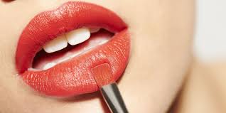what your lipstick says about you personality type based on lip