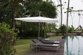 Commercial Patio Umbrella Best Outdoor Umbrella For Wind Outdoor Umbrella For Windy Area