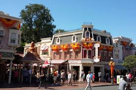 file main street usa carnation cafe halloween 2013 jpg wikimedia