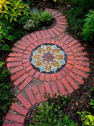 Do It Yourself Garden Art - best 25 stone paths ideas on pinterest patio ideas country