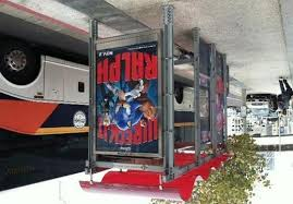 disney u0027s u201cwreck ralph u201d turns bus stops 8 bit photo booths