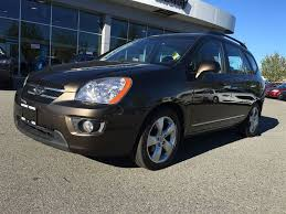 used 2009 kia rondo ex leather moon roof for sale in surrey