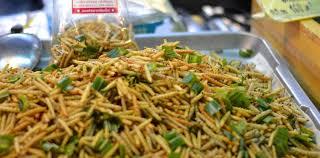 insectes dans la cuisine pourquoi nous mangerons tous des insectes en 2050 slate fr