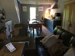 la maison de la cuisine séjour cuisine de la suite du lac ร ปถ ายของ la maison du lac
