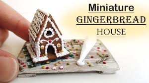 diy miniature polymer clay christmas gingerbread house decorating