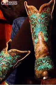 cavenders black friday sale these gorgeous embroidered corral cowboy boots were instagrammed
