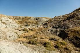 Bad Lands Finding Fossils With The Badlands U0027 Legendary Dinosaur Hunter