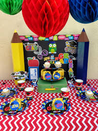 centerpieces for graduation robust backyard graduation party personalized graduation gear as