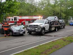 accident snarls traffic on bearse u0027s way in hyannis