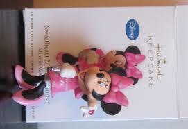 hallmark keepsake sweetheart minnie mouse ornament 2011 01687