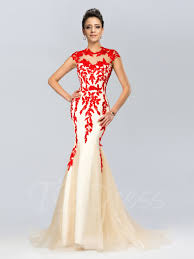 Dinner Dresses Eye Catching Evening Gowns For An Evening Out On The Town