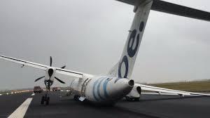flybe plane from edinburgh crashes off runway at amsterdam u0027s