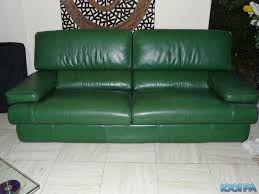 canap cuir vert canapé cuir vert intérieur déco