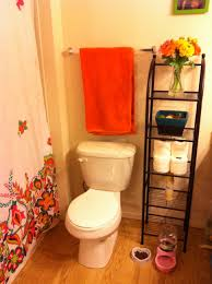 orange bathroom decorating ideas are versatile and comfortable