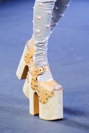 the 25 best catwalk footwear ideas on pinterest runway shoes