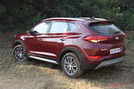 hyundai tucson new hyundai tucson with 4x4 launched jeep compass effect