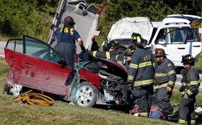 teen texting and driving causes fatal auto accident and wrongful