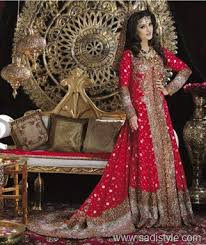 Red Bridal Dress Makeup For Brides Pakifashionpakifashion Tips For Accessorizing Red Dress For Bride Pakifashionpakifashion