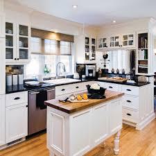 deco cuisine classique cuisine chic et classique en noir et blanc cuisine avant après