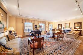 5000 Square Foot House Sprawling Upper East Side Co Op With Central Park Met Museum