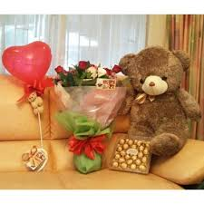 100 flowers and chocolates buy chocolates online flowers