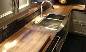 comptoir de cuisine sur mesure comptoir bois cuisine finest armoire laque comptoir de quartz et
