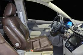 bisimoto genesis coupe bisimoto honda odyssey 1 043 pk in een busje autoblog nl