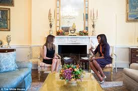 bureau ovale maison blanche 12 photos la 1ère image de la rencontre entre melania et