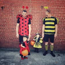 Family Of Four Halloween Costumes by 30 Of Our Favorite Dad Family Halloween Costumes Gays With Kids