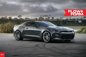 camaro ss with zl1 wheels hre ff04 flow formed concave wheels for camaro ss ls lt zl1 1le