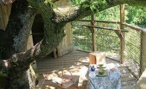 chambre d hote cabane dans les arbres cabane girsberg domaine des vaulx