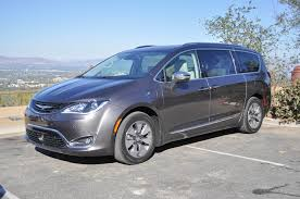 luxury minivan 2016 2017 chrysler pacifica hybrid first drive of plug in hybrid minivan