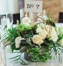 centerpieces for 28 table centerpieces in different styles everafterguide