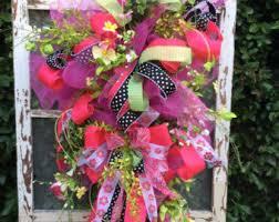 springtime wreaths daisy wreath year round wreathspring flower wreath summer