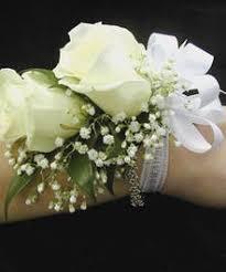 Prom Wristlets Sweetheart Spray White Roses Wristlet Prom U2013 Corsage U2013 Wristlet