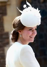 kate middleton u0027s hairstyle vibe totally changed between her