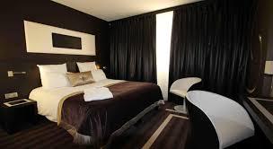 chambre d hotel moderne réserver un hôtel près de l aéroport nantes atlantique