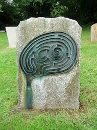 headstone maker 4 the grave of a maze maker could you solve it spooky or
