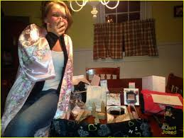 gifts for taylor swift fans taylor swift is surprising her fans with holiday gifts their