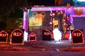25 halloween lights 1