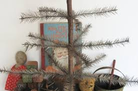 primitive tree ornaments and decoration in country