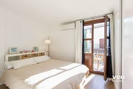 Schlafzimmerm El Mit Fernseher Apartment Mieten San José Alta Strasse Granada Spanien San José