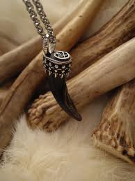silver wolf necklace images Wolf claw and pentacle pendant necklace in sterling silver bear JPG