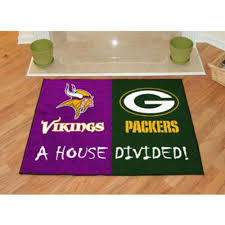 Green Bay Packer Flag Amazon Com House Divided Minnesota Vikings Green Bay Packers